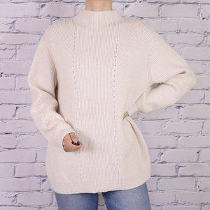NWT Halston off-white long sleeve knit sweater b1